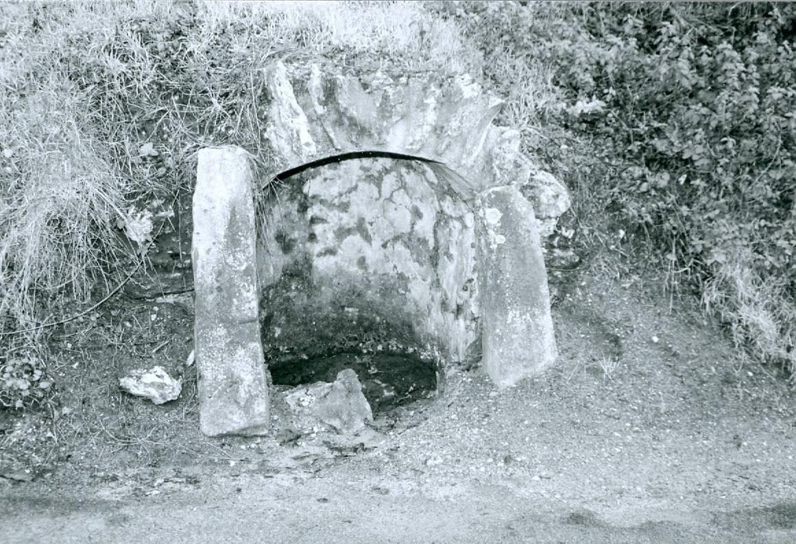 10 - Fontaine de Colombet