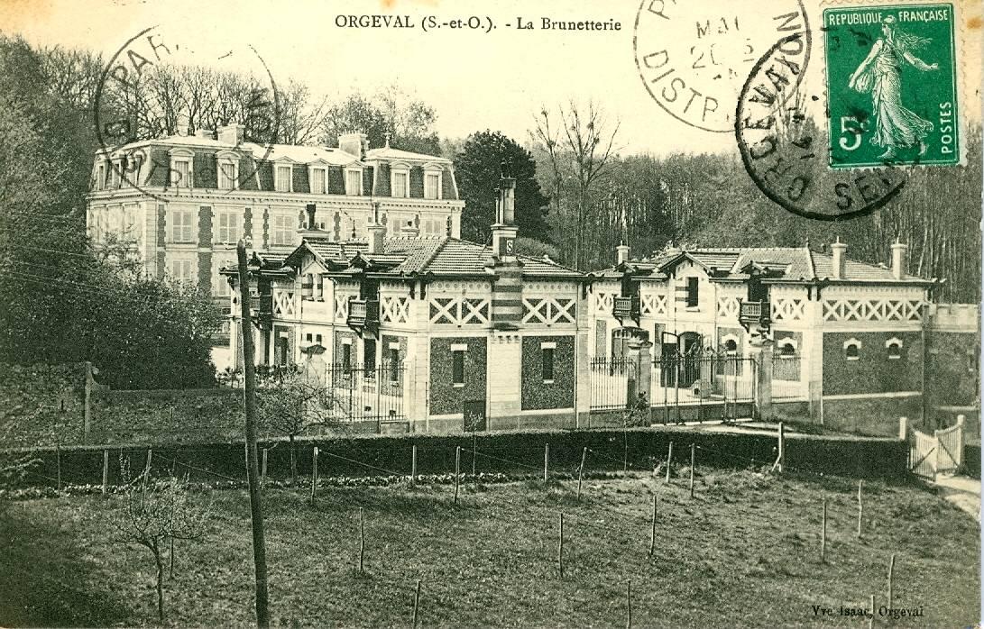1 - La Brunetterie