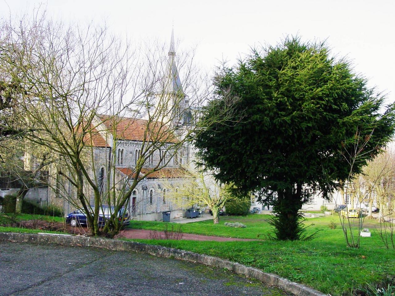 La chapelle de Bures