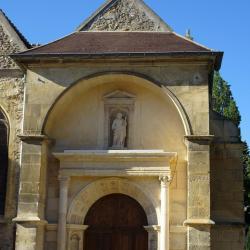 Le portail Renaissance daté de 1549